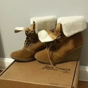 Womens fur lined genuine leather wedge boots